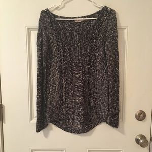 Mudd sweater size small